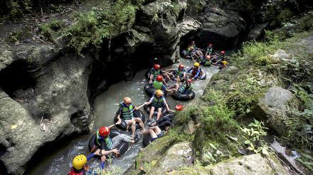 Objek Wisata Karst Tubing Argomulyo