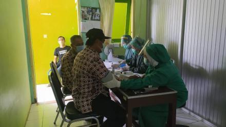 Vaksinasi Pamong Kalurahan Argomulyo